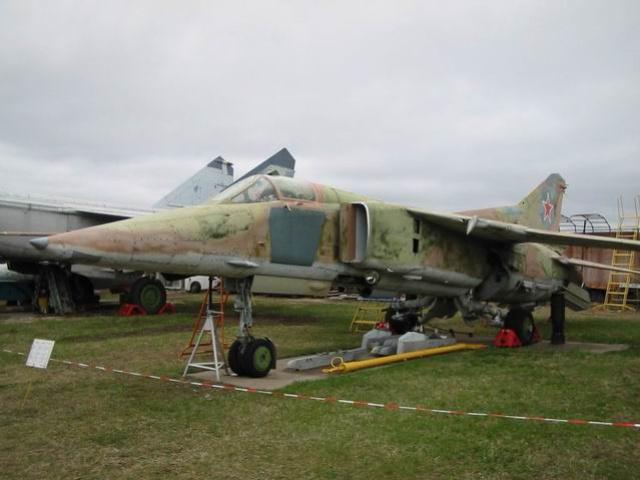 Миг-23БМ (Миг-27) - Истребитель-бомбардировщик