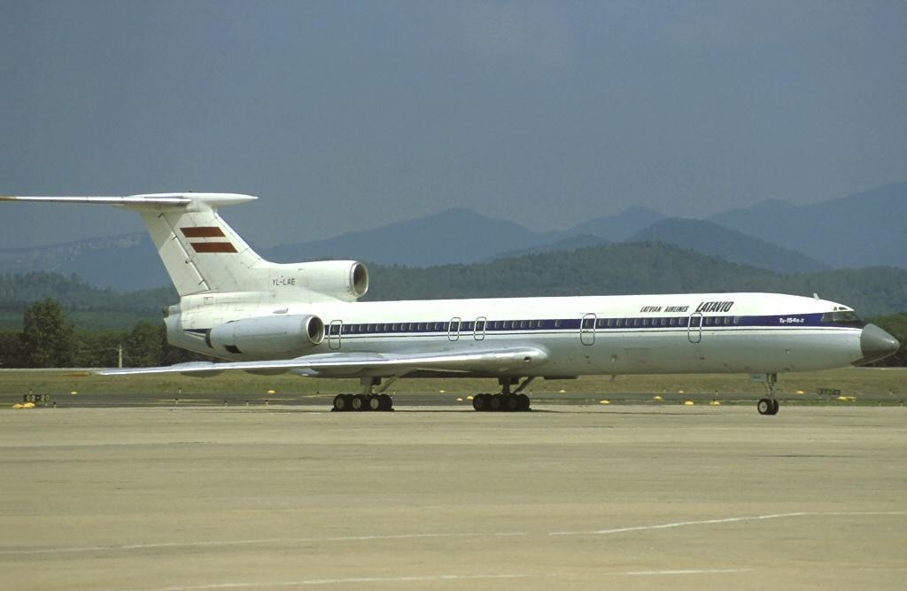 YL-LAE (CCCP-85546) 19.08.1995 Costa Brava